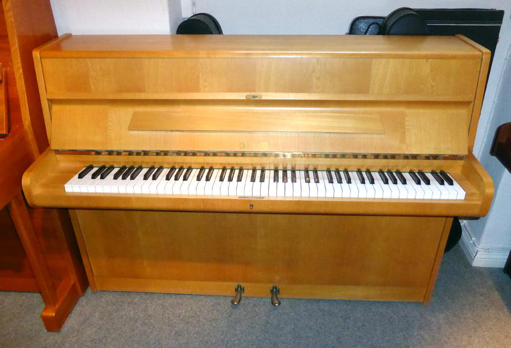 trautwein harps and more mundharmonikas klaviere und gitarrenklavier marke geyer eiche hell. Black Bedroom Furniture Sets. Home Design Ideas